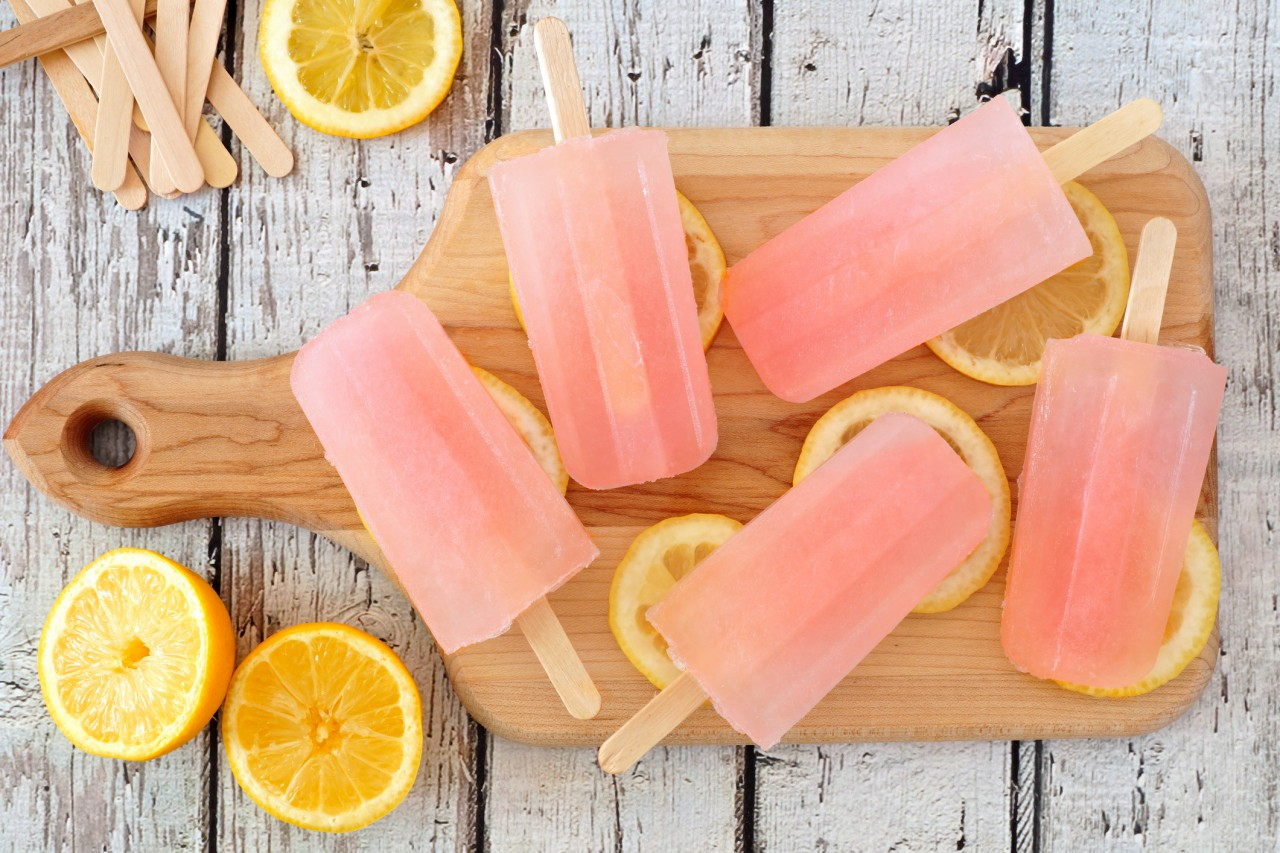 Recipe Time: Easy Lemonade Popsicles